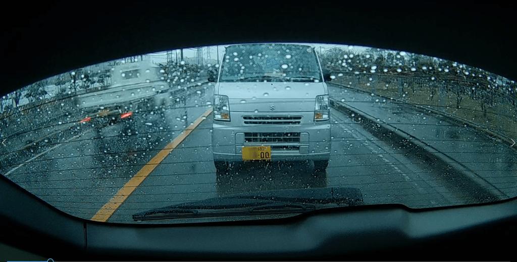 ユピテルのSN-SV40cで撮影 雨の日の夕方