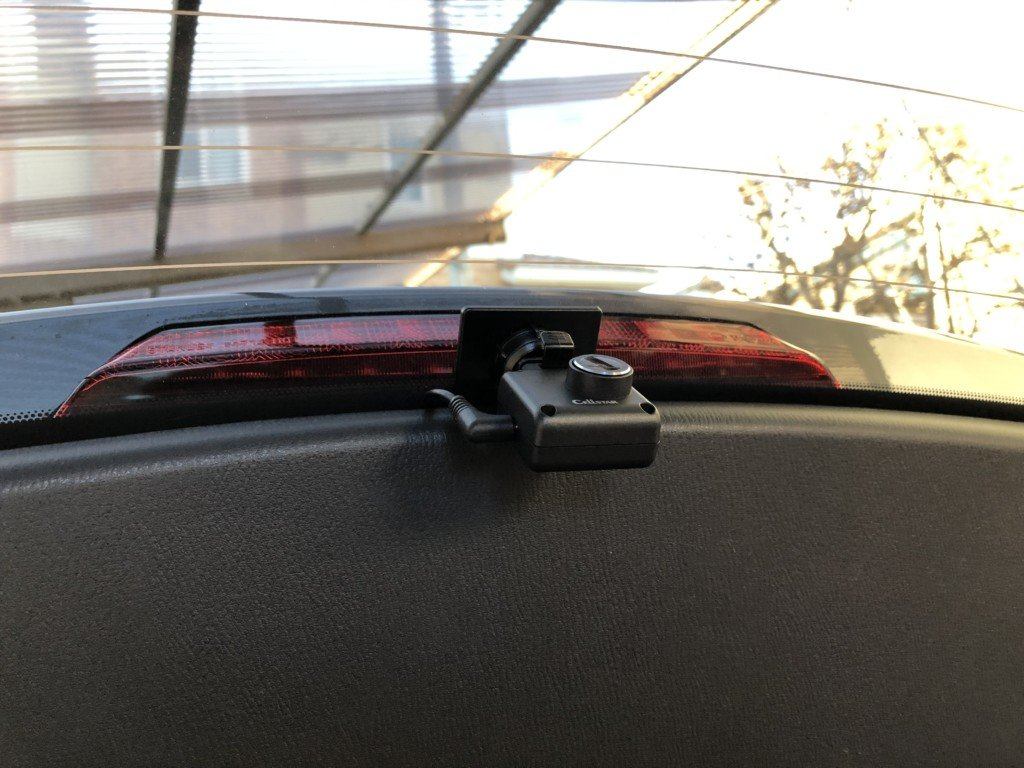 ハッチバックにドライブレコーダー取り付け