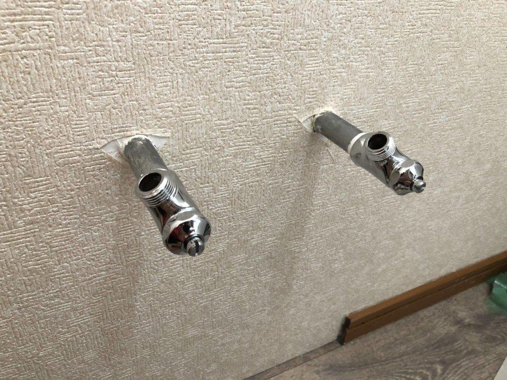 止水栓を取り付ける